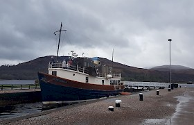 Glen Tarsan in the Caledonian Canal by Neil White